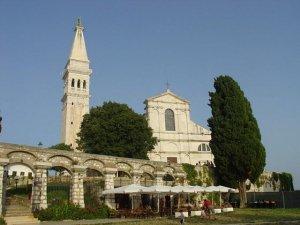 De kerk van Sveta Euphemia.